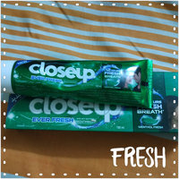 Close-Up Anticavity Fluoride Whitening Toothpaste Gel uploaded by Amira H.