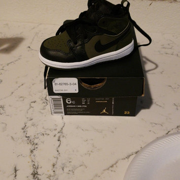 Photo of Nike uploaded by Veronica V.