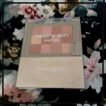 Photo of Neutrogena® Healthy Skin Blends uploaded by 🌠Lupit@ 💕.