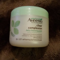 Aveeno® Clear Complexion Daily Cleansing Pads uploaded by Km G.