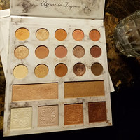 BH Cosmetics Carli Bybel Deluxe Edition 21 Color Eyeshadow & Highlighter Palette uploaded by Tabbetha H.