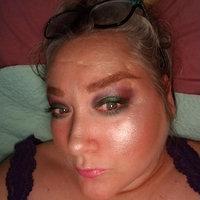 FLOWER Beauty Shimmer & Strobe Highlighting Palette uploaded by Jesa L.