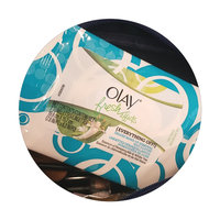 Olay Fresh Effects Everything Off Deluxe Make-up Removal Wet Cloths uploaded by jenn H.