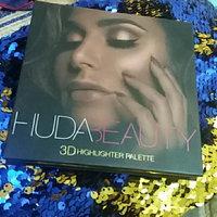 Huda Beauty 3D Highlighter Palette uploaded by Erat K.