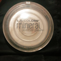 L.A. Colors Mineral Pressed Powder uploaded by Mixsi d.