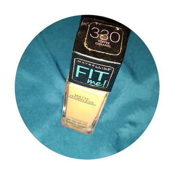 Photo of Maybelline Fit Me® Matte + Poreless Foundation uploaded by melanie m.