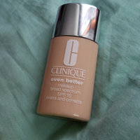 Clinique Even Better™ Makeup Broad Spectrum SPF 15 uploaded by Tuniya P.