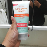 Neutrogena® Oil-Free Acne Stress Control® Power-Cream Wash uploaded by Julieth k.