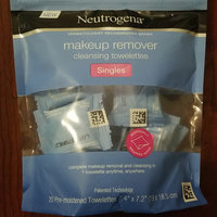 Neutrogena Cleansing Facial Wipes Singles uploaded by Alyson B.