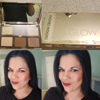 Natasha Denona Sculpt & Glow Face Highlighting & Contour Glow Palette 01 Light Medium uploaded by vaishali W.