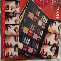 ESTÉE LAUDER Color Portfolio 48 Shades 6 Looks to Envy uploaded by Har K.