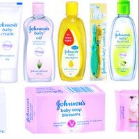 Johnson's® Head-To-Toe® Wash and Shampoo uploaded by Shreya s.