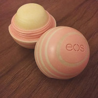 eos™ Visibly Soft Lip Balm Coconut Milk uploaded by Kina 🌺.