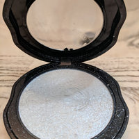 Kat Von D Metal Crush Extreme Highlighter uploaded by Emily E.