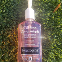 Neutrogena® Oil-Free Acne Wash Pink Grapefruit Facial Cleanser uploaded by Lisa C.