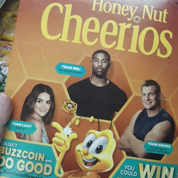 Photo of Honey Nut Cheerios Gluten Free, Breakfast Cereal, 10.8 Ounce uploaded by Diana T.