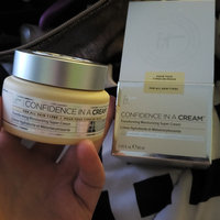 IT Cosmetics® Confidence in a Cream Moisturizer uploaded by Felicia J.
