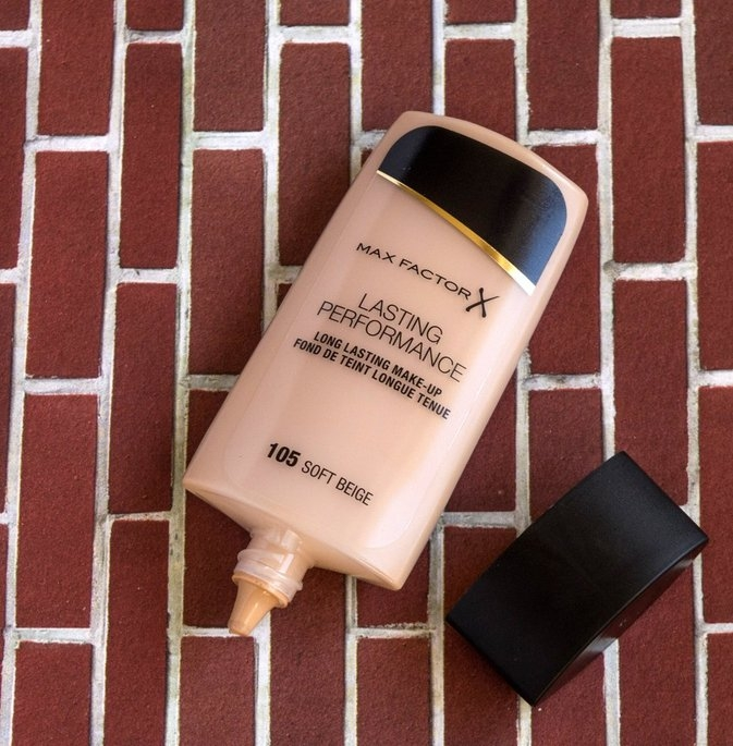 Max Factor Long Lasting Performance Foundation uploaded by Isabela L.