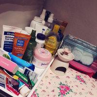 Johnson's® Baby Pure Cornstarch Powder with Soothing Aloe Vera & Vitamin E uploaded by RASHA  .