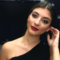 Maybelline Gigi Hadid Lipstick and Lip Liner Kit uploaded by Nissrine C.
