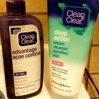 Clean & Clear® Advantage® Acne Control 3-in-1 Foaming Face Wash uploaded by Stormi B.