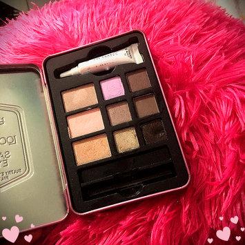 Photo of Hard Candy Look Pro! Tin Smokey Eyes Smokey Eyeshadow Palette uploaded by Chloe M.