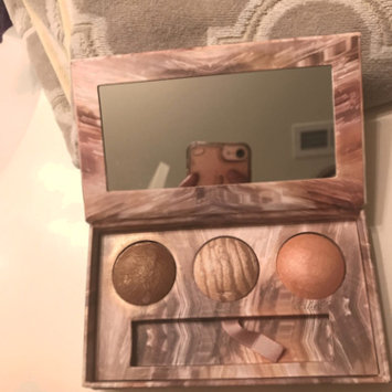 Photo of Urban Decay Naked Illuminated Trio Shimmering Powder for Face and Body uploaded by ♠️~Toni S.
