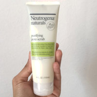 Neutrogena® Naturals Purifying Pore Scrub uploaded by Rinah B.