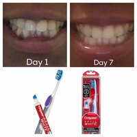 Colgate Optic White Toothbrushes with Whitening Pen 2-Pack uploaded by Simone B.