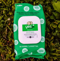 Yes To Cucumbers Soothing Facial Wipes uploaded by Amaanii S.
