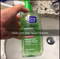 Clean & Clear Morning Burst Shine Control Facial Cleanser uploaded by Sana A.