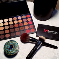 Morphe Brushes 35OM - 35 Color Matte Nature Glow Eyeshadow Palette uploaded by Andrea Q.