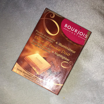 Bourjois Bronzing Powder - Délice de Poudre uploaded by Eza M.