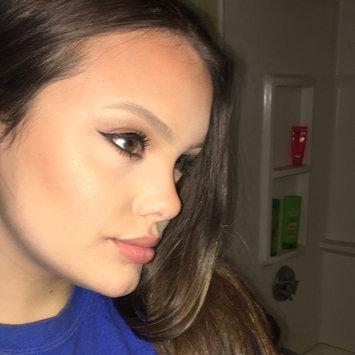 Benefit Cosmetics Hoola Matte Bronzer uploaded by Erica P.