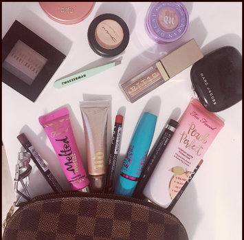Photo uploaded to #MyMakeupBag by Thalia H.