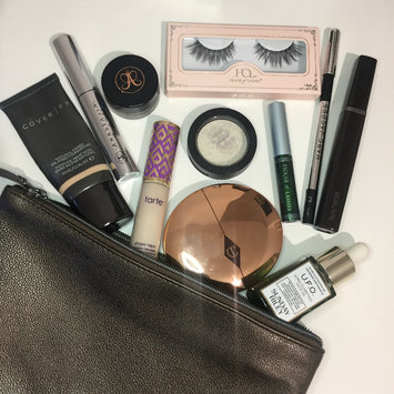 Photo uploaded to #MyMakeupBag by Tara R.