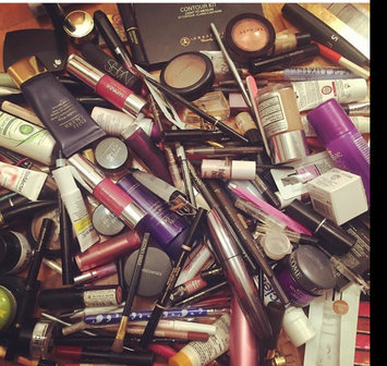 Photo uploaded to #MyMakeupBag by Drilona A.