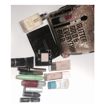 Photo uploaded to #MyMakeupBag by Anna J.