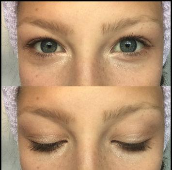 Essence Make Me Brow Eyebrow Gel Mascara uploaded by Maddie B.