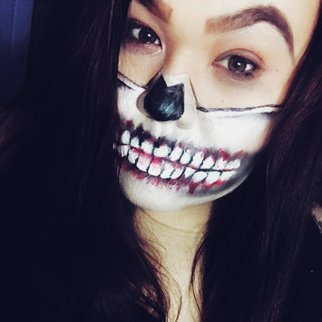 Photo uploaded to #HalloWIN by Isabela M.
