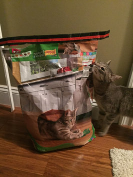 Photo of Purina Friskies Cat Food Indoor Delights uploaded by Cristina G.