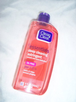 Photo of Clean & Clear® Essentials Deep Cleaning Astringent uploaded by Gabriela A.