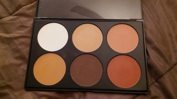 BH Cosmetics Contour and Blush Palette uploaded by Cynthia L.