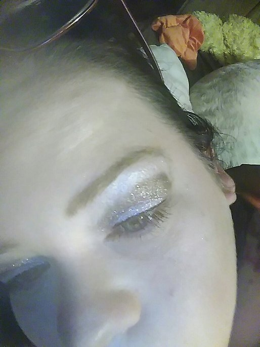 Too Faced Shadow Insurance Glitter Glue Glitter Bonding Eye Shadow Primer uploaded by Jennifer D.