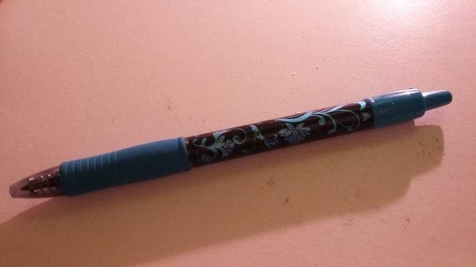Pilot G2 Gel Roller Pen, Black (2 pack) uploaded by Holly G.
