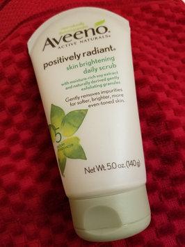 Photo of Aveeno Positively Radiant Skin Brightening Daily Scrub uploaded by Lauren G.