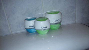Photo of POND'S Crema C, 12.9-Ounce uploaded by Ariana A.