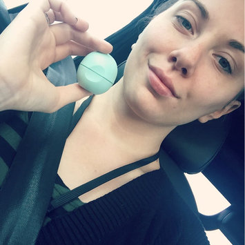 eos® Organic Smooth Sphere Lip Balm uploaded by Alyssa A.