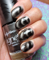 Sally Hansen® Magnetic Nail Color uploaded by Aparna A.