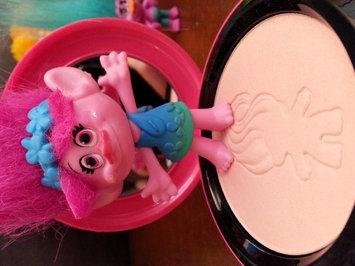 M.A.C Good Luck Trolls Beauty Powder-GLOW RIDA-One Size uploaded by Jennifer D.